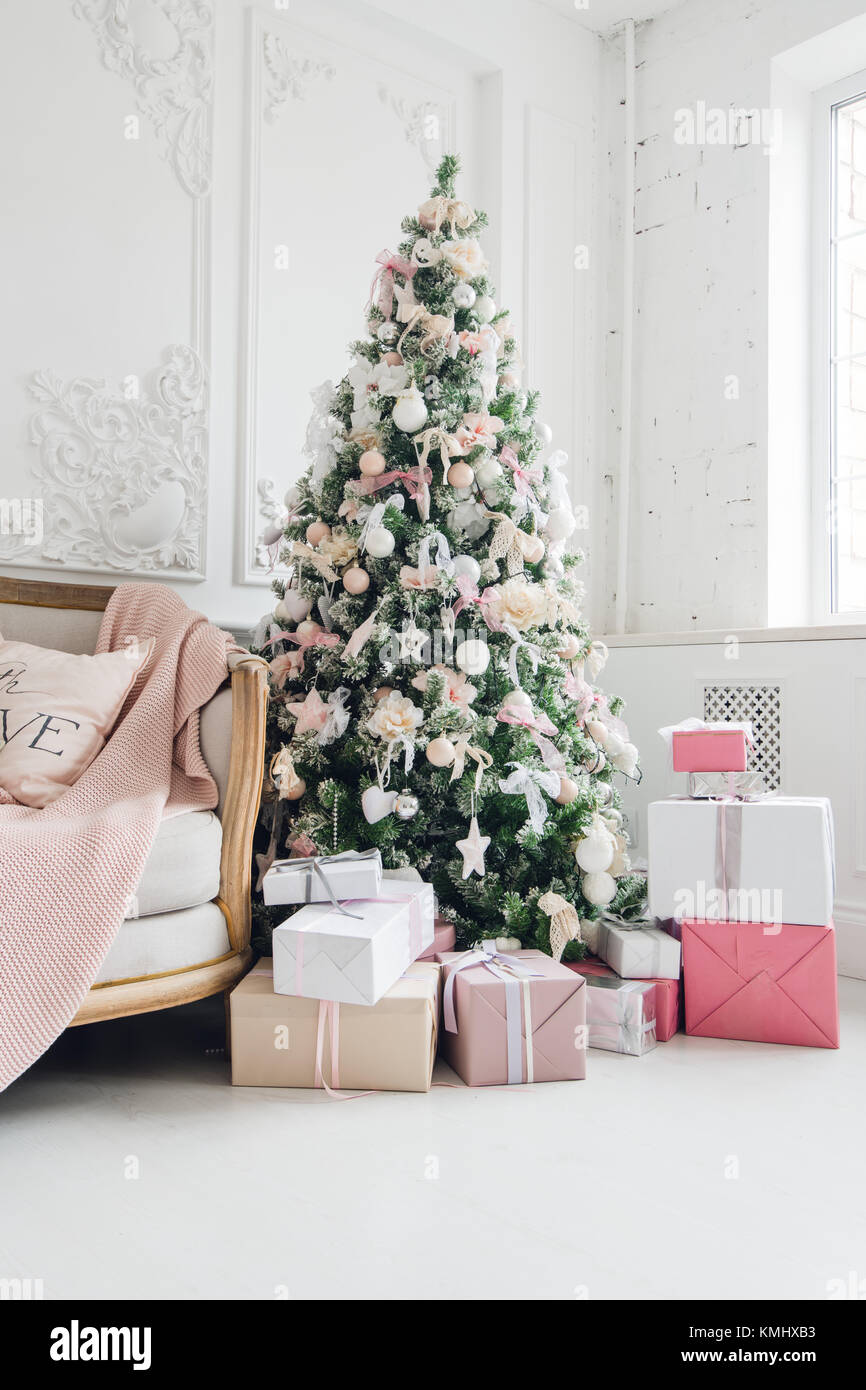 Das neue Jahr Urlaub oder Feier, die Stimmung, stilvolle Weihnachten ...