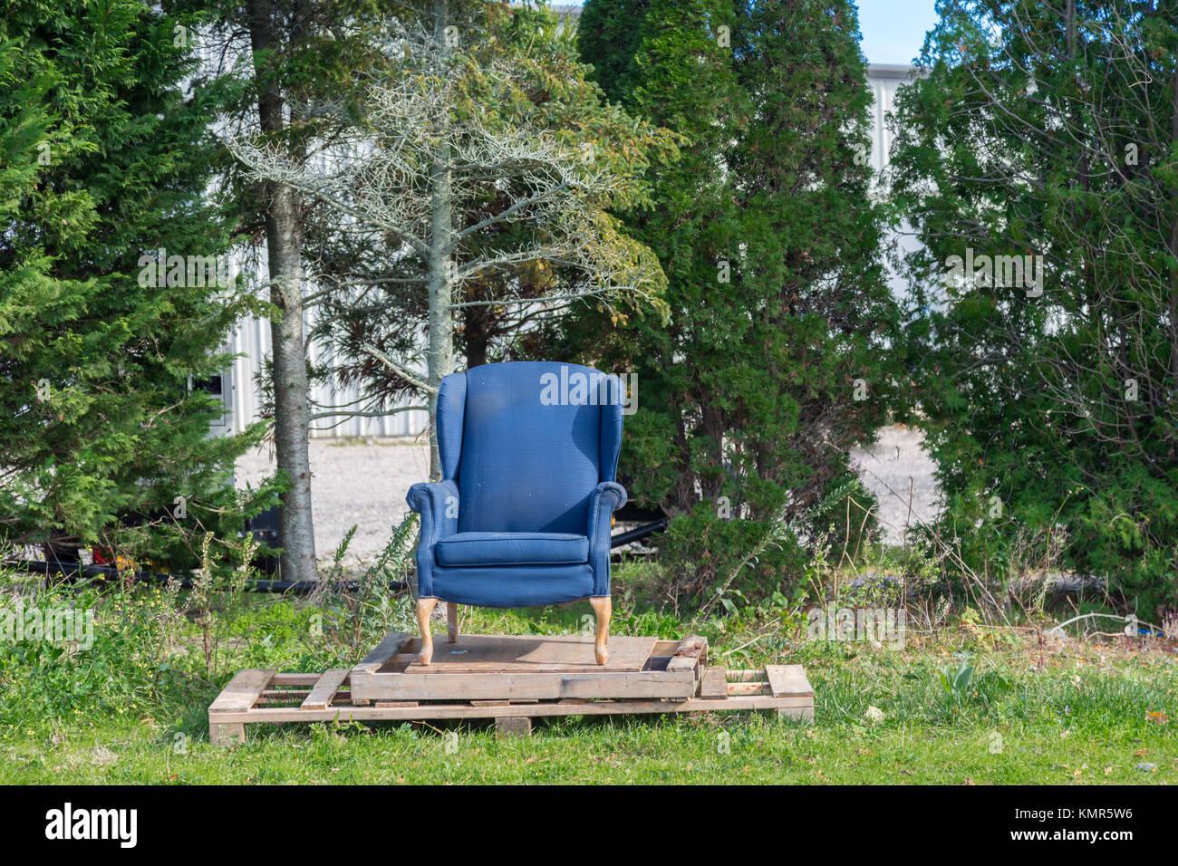 stuhl aus paletten elegant sitzmbel aus paletten with stuhl aus paletten gallery of stuhlthron. Black Bedroom Furniture Sets. Home Design Ideas
