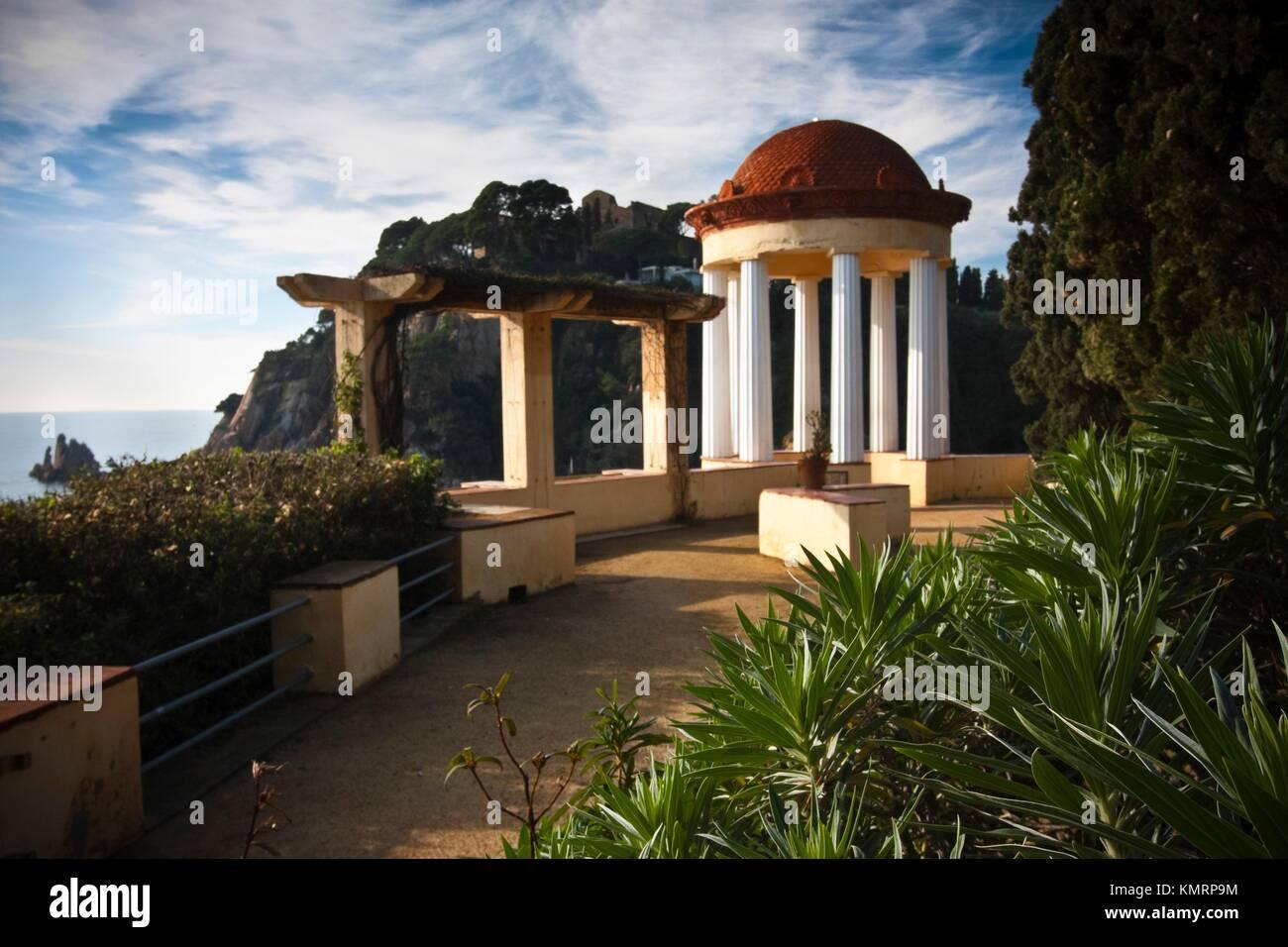 Templet de Linné Jardin Botánico Marimurtra Blanes Costa Brava ...