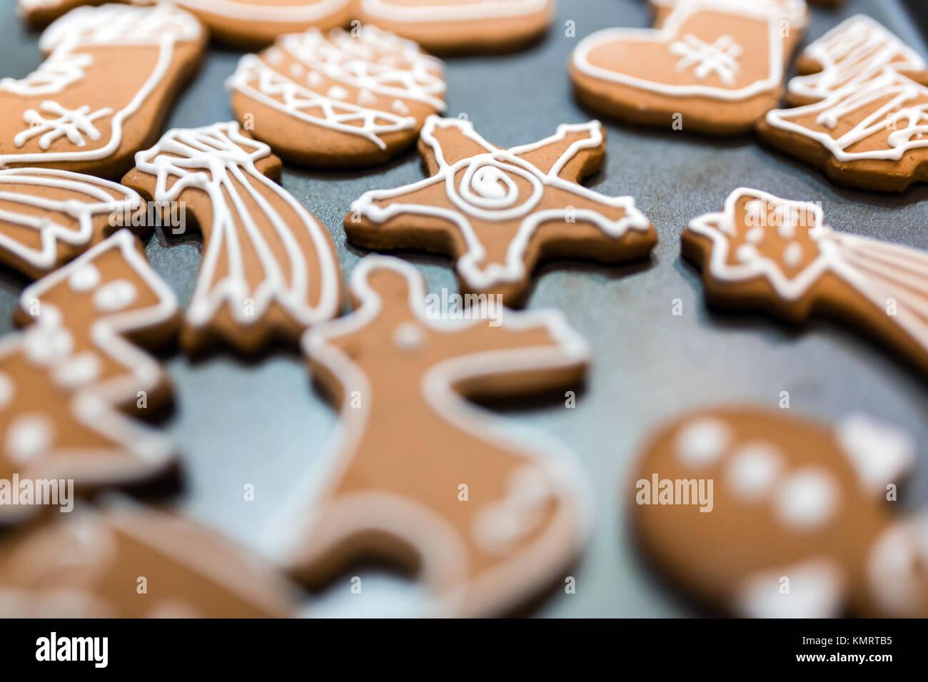 Dekorierte Lebkuchen für Heiligabend Stockfoto