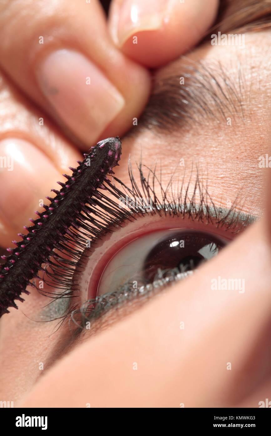 Maquilladora de pestañas Stockbild