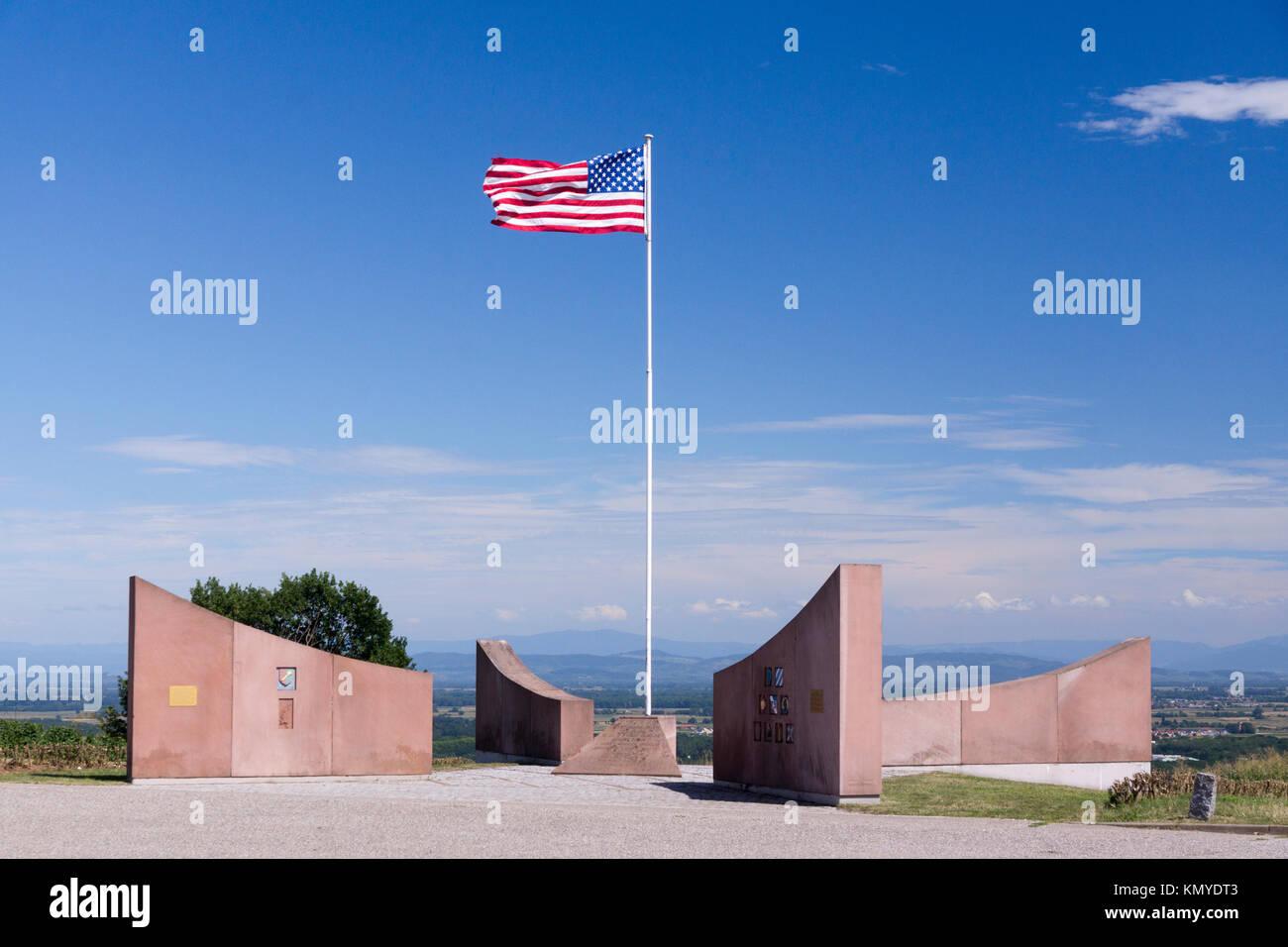 Ein WWII Monument, das an die Erste französische Armee und ihre amerikanischen Kameraden, die Elsass während Stockbild