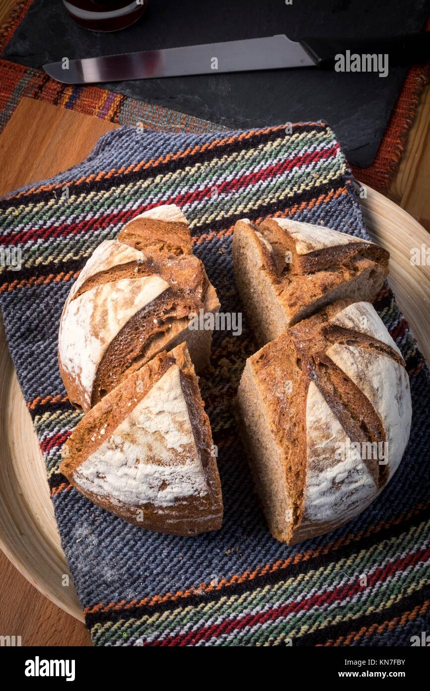 Organische hausgemachtes Brot. Stockbild