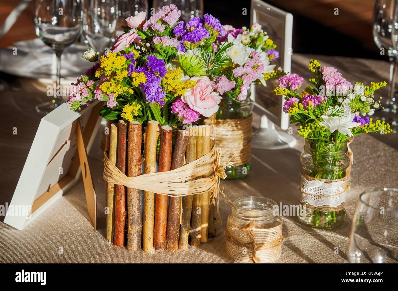 Hochzeit Rustikalen Tisch Voller Wilder Blumen Und Land Und