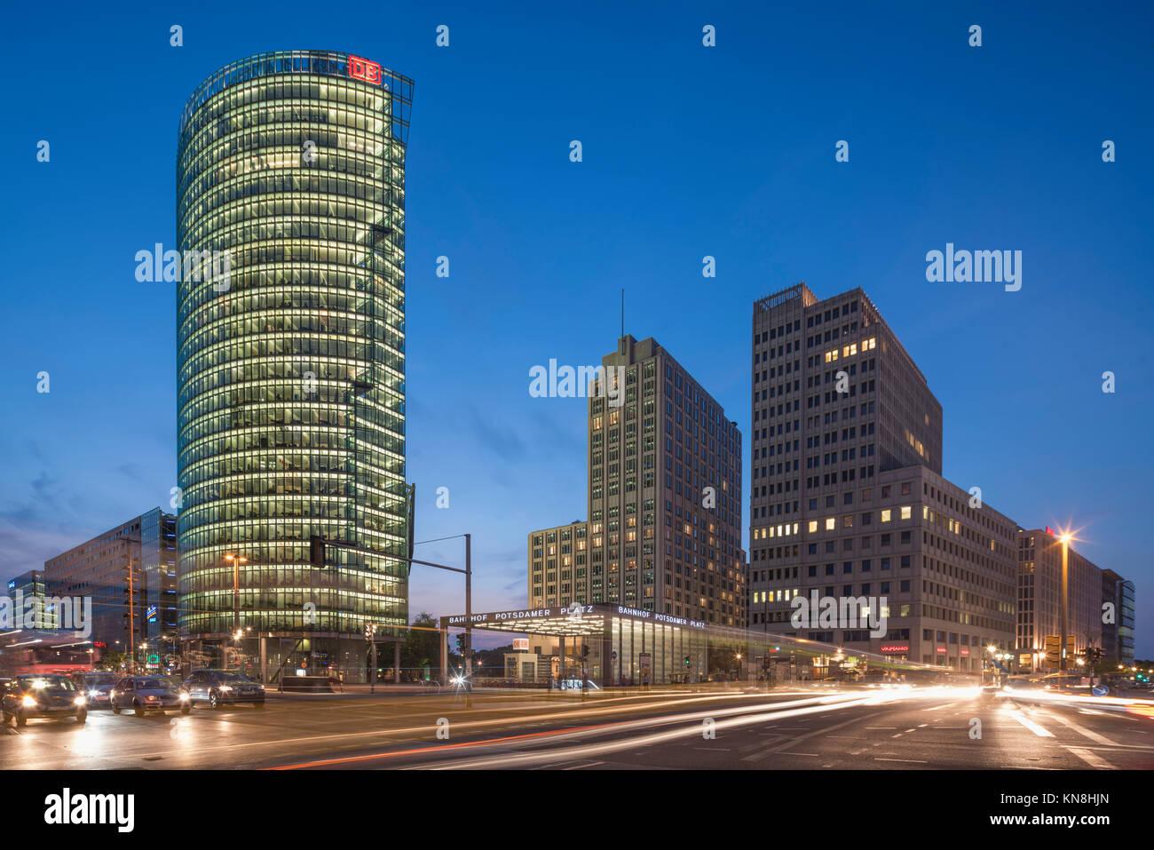 Potsdamer Platz, Berlin, Sony Center, DB-Tower, Beisheim Center, S-Bahn Eingang, Berlin Zentrum, Deutschland Stockbild