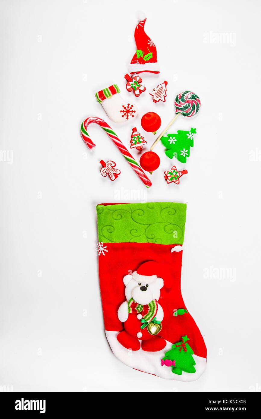 Weihnachten Hintergrund mit einer Socke aus dem verteilt Geschenke ...