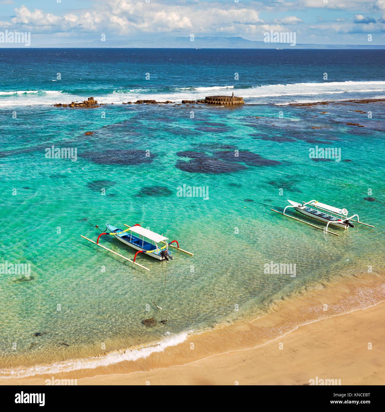 Luftaufnahme der Mendira Bucht in der Nähe von Candidasa Dorf. Manggis Kleinstadt Regency, Karangasem, in Bali, Stockbild