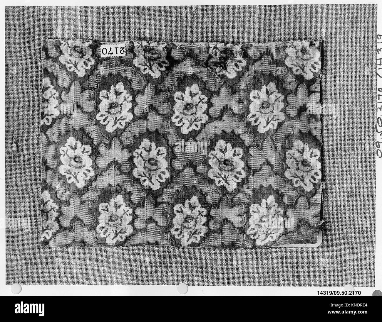 Stück. Datum: 18. Jahrhundert; Kultur: Französisch; Medium: Seide und Metall Gewinde; Abmessungen: 5 5/8 Stockbild