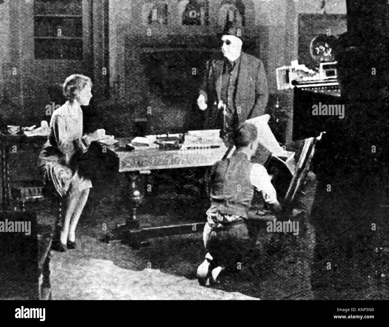 Eine Szene auf Elstree Film Studios, England in den 40er Jahren - Richard Horatio Edgar Wallace, Schriftsteller Stockbild