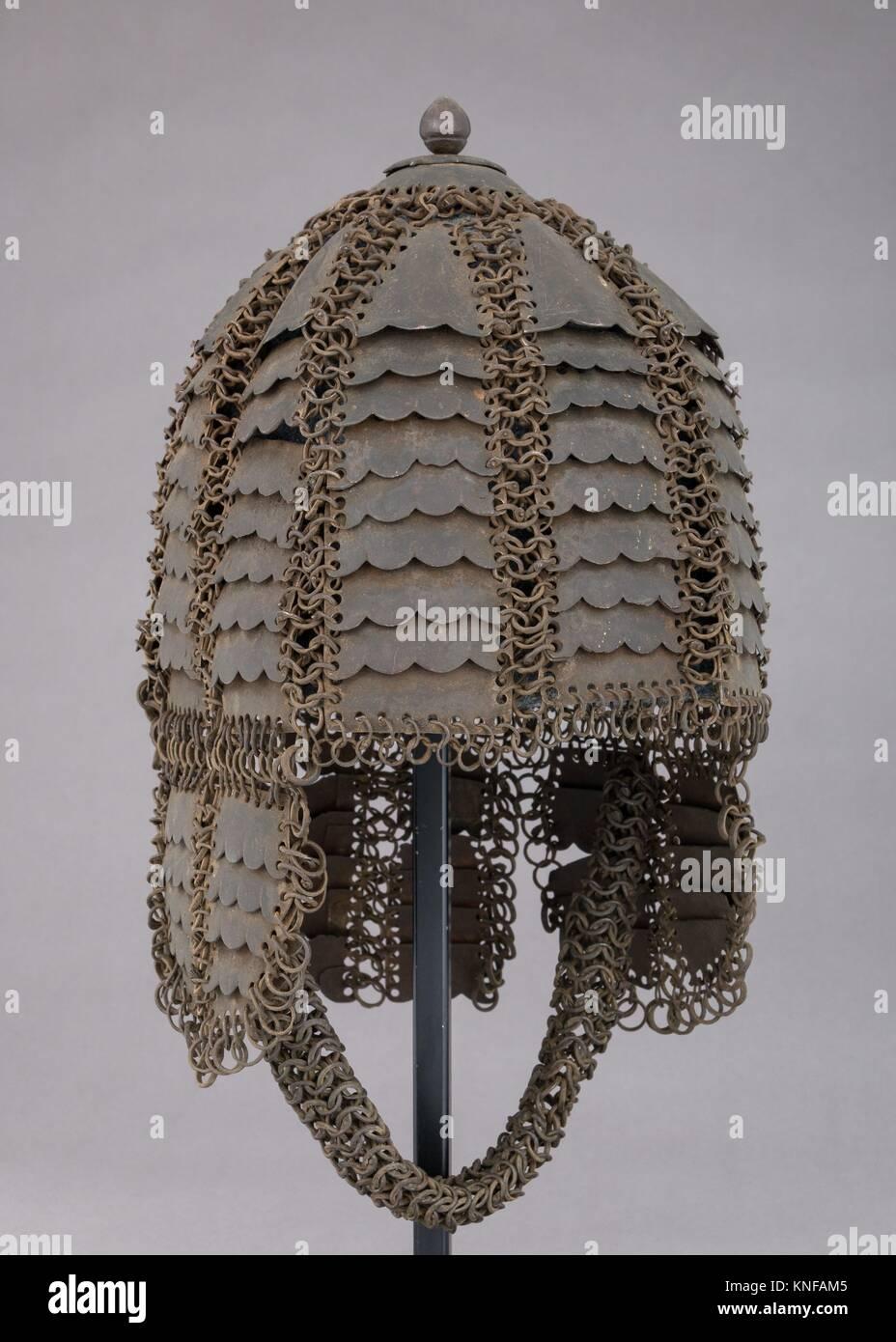 Helm von Mail und Platte. Datum: voraussichtlich 17.-18.Jahrhundert; Kultur: Indische; Medium: Stahl; Abmessungen: Stockbild