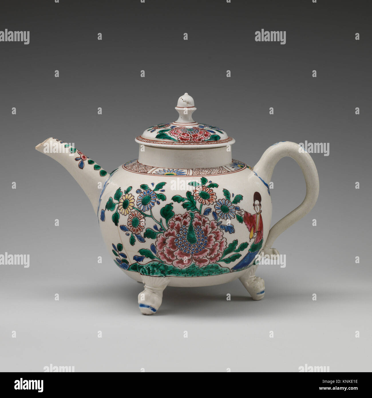 Teekanne. Datum: Ca. 1750-60; Kultur: Britische, Staffordshire; Medium: Salz - glasiert Steinzeug; Abmessungen: Stockbild