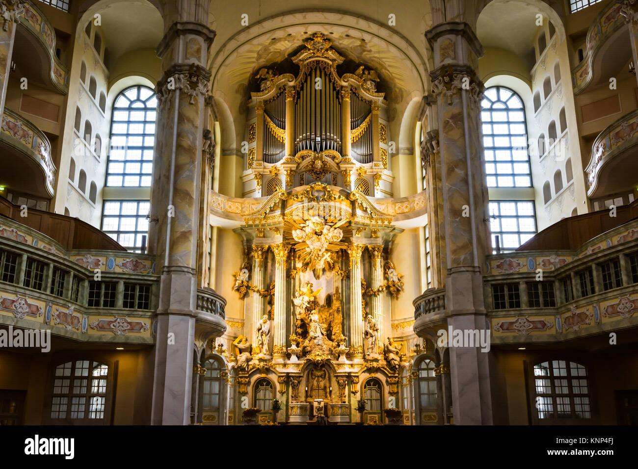 Dresdner Frauenkirche Innenarchitektur kunstvoller Dekoration Religion Altar Anbetung Bereich Stockbild