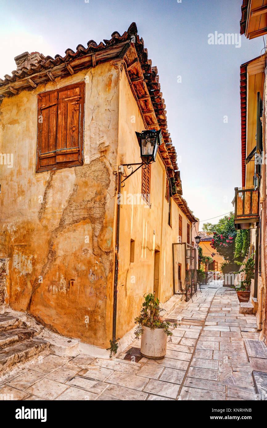 Die malerischen Gebäude der Plaka in Athen, Griechenland Stockbild