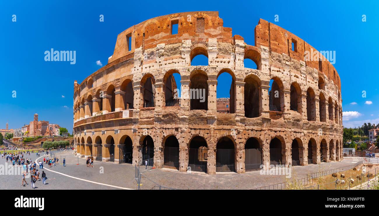 Kolosseum oder Kolosseum in Rom, Italien. Stockbild