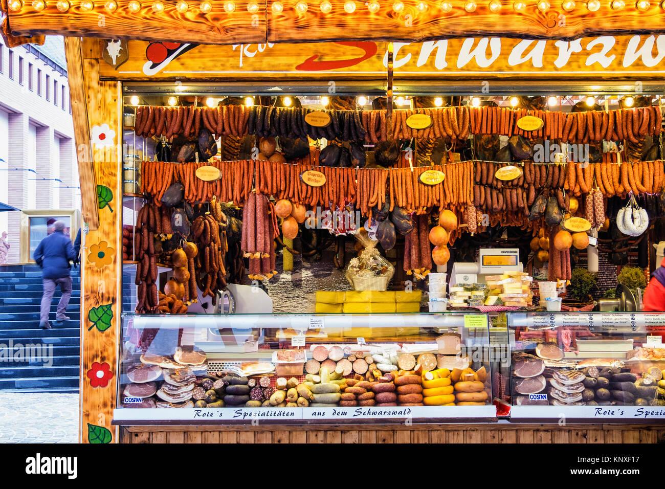 Weihnachtsmarkt Typische Speisen.Typische Deutsche Speisen Stockfotos Typische Deutsche Speisen