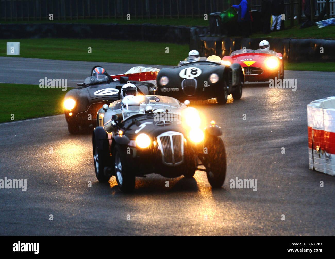 Nick Mason, Annette Maurer, Frazer Nash, Le Mans Replica Goodwood Revival 2013, Freddie März Memorial Trophy, Stockbild