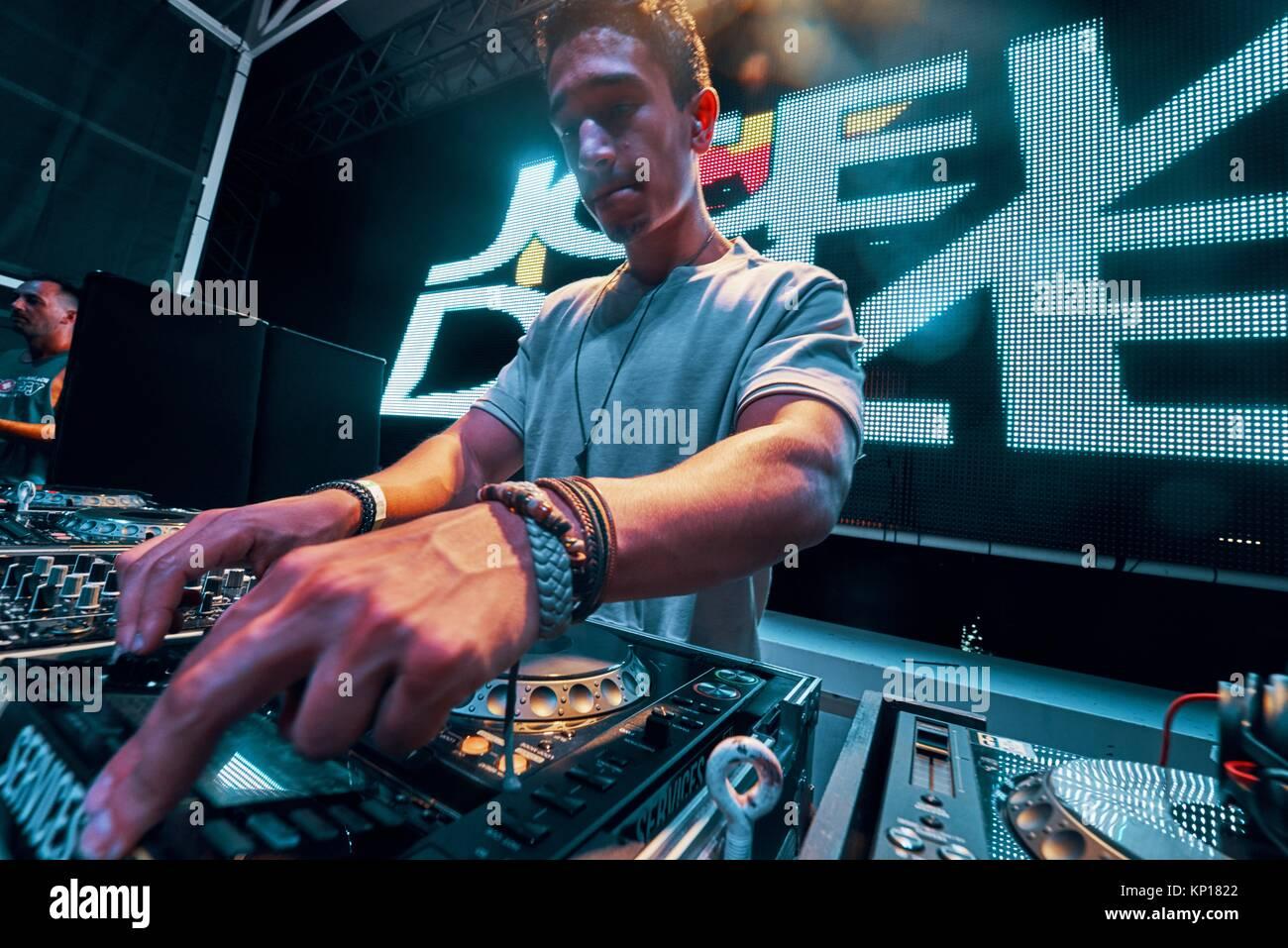 DJ-Joey Dale an Musik Festival Starbeach in Hersonissos, Kreta, Griechenland, am 25. August 2017 Stockbild