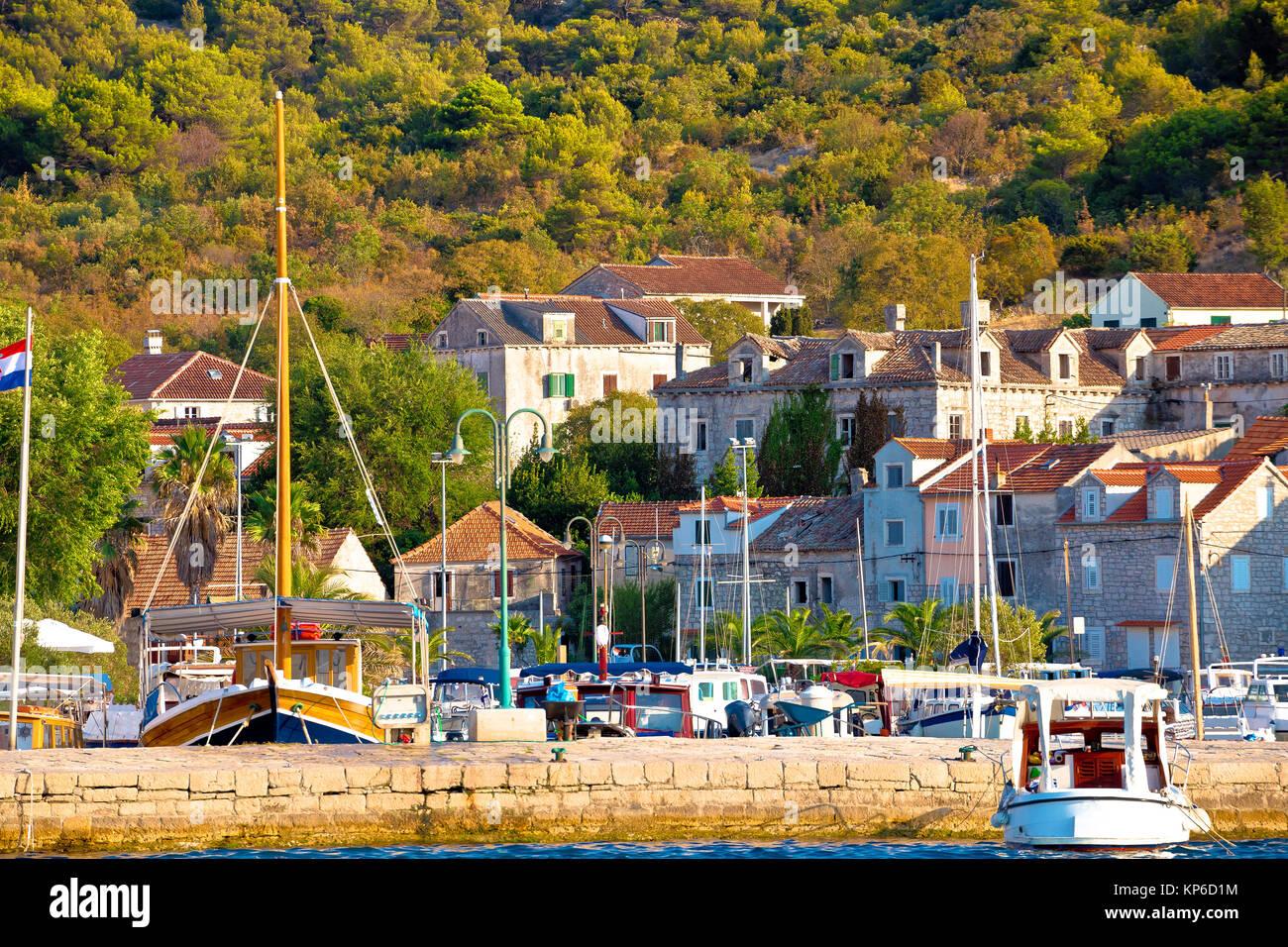 Bunte Hafen Zlarin Insel Archipel von Sibenik, Kroatien Stockbild