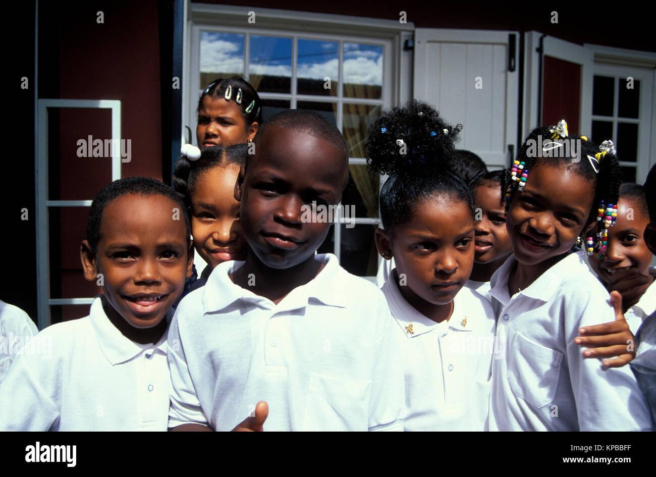 Kinder in Willemstad, Curacao, Niederländische Antillen Stockbild