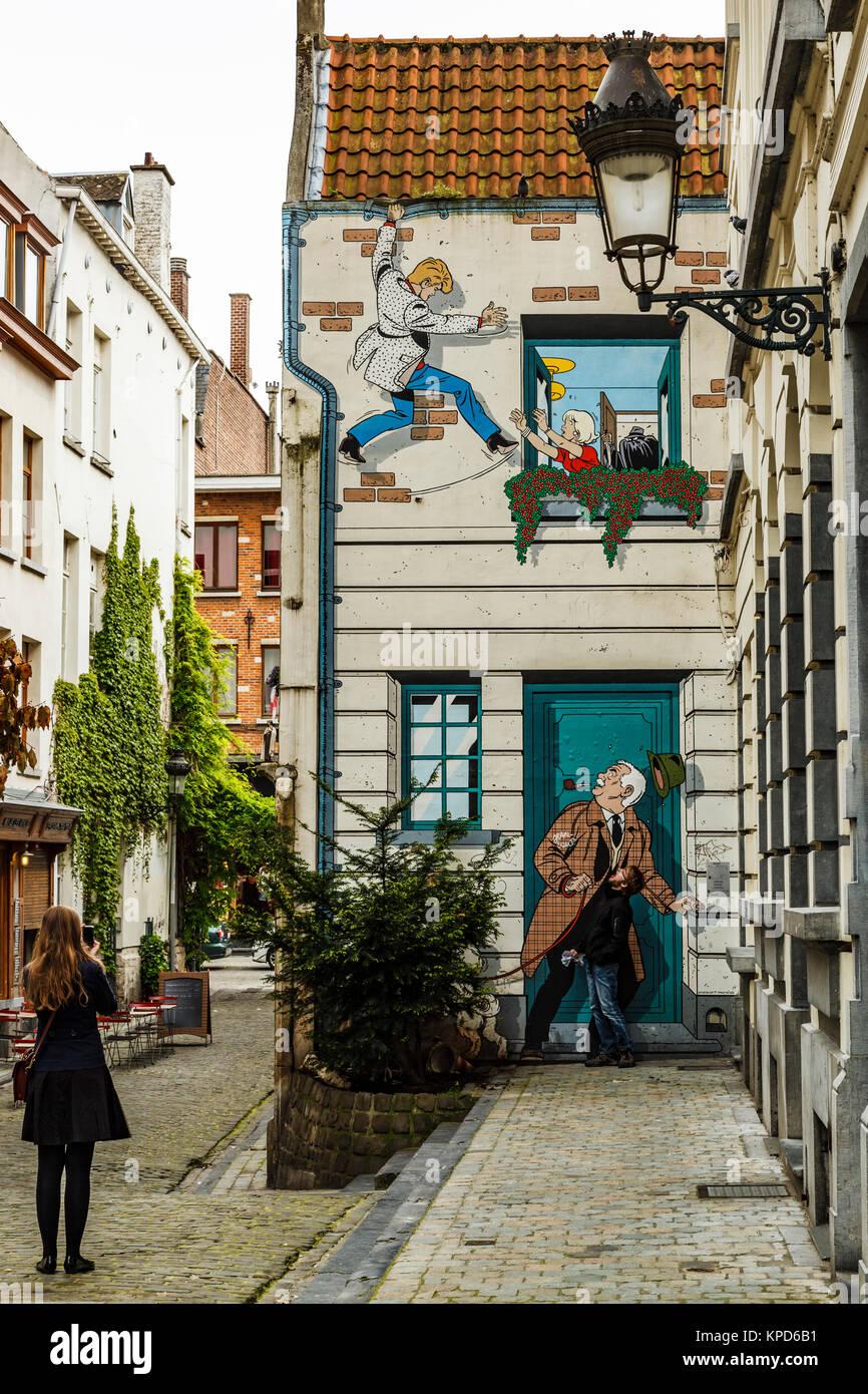 Cartoon gemalt auf ein Gebäude, Comic-Strip zu Fuß, Brüssel, Belgien Stockbild