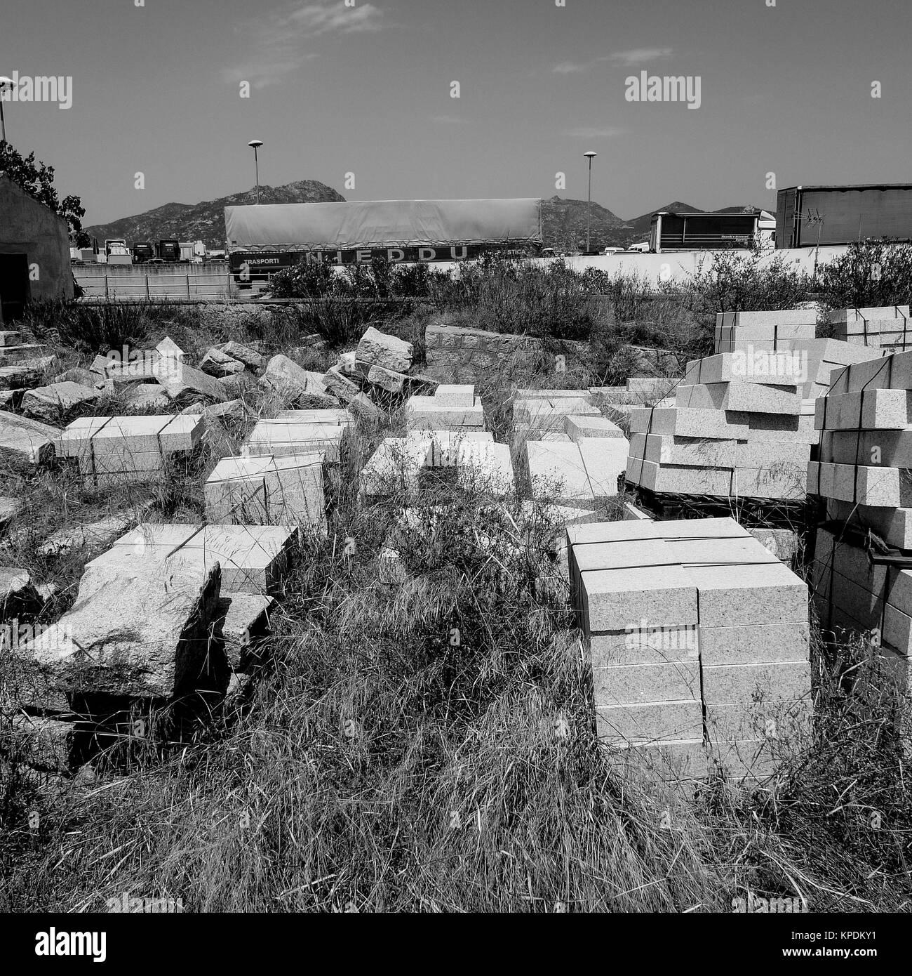 Schwarze und weiße Quadrat Blick auf Olbia, Sardinien, Italien Stockbild
