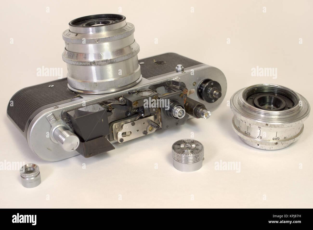 Entfernungsmesser Für Auto : Alte kameras entfernungsmesser gerät ohne abdeckung und zwei
