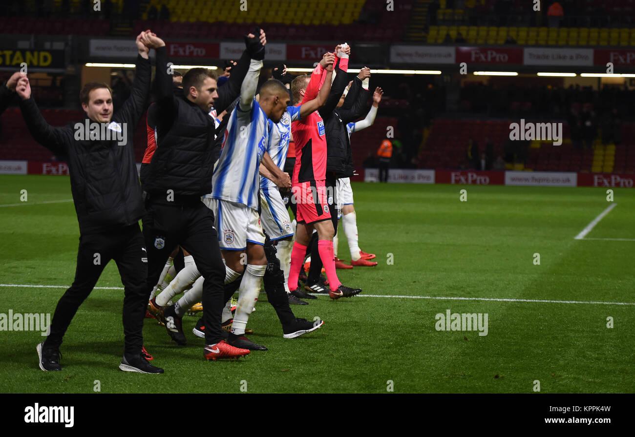 Huddersfield Town Spieler und Mitarbeiter feiern Sieg nach der Premier League Match an der Vicarage Road, Watford. Stockfoto