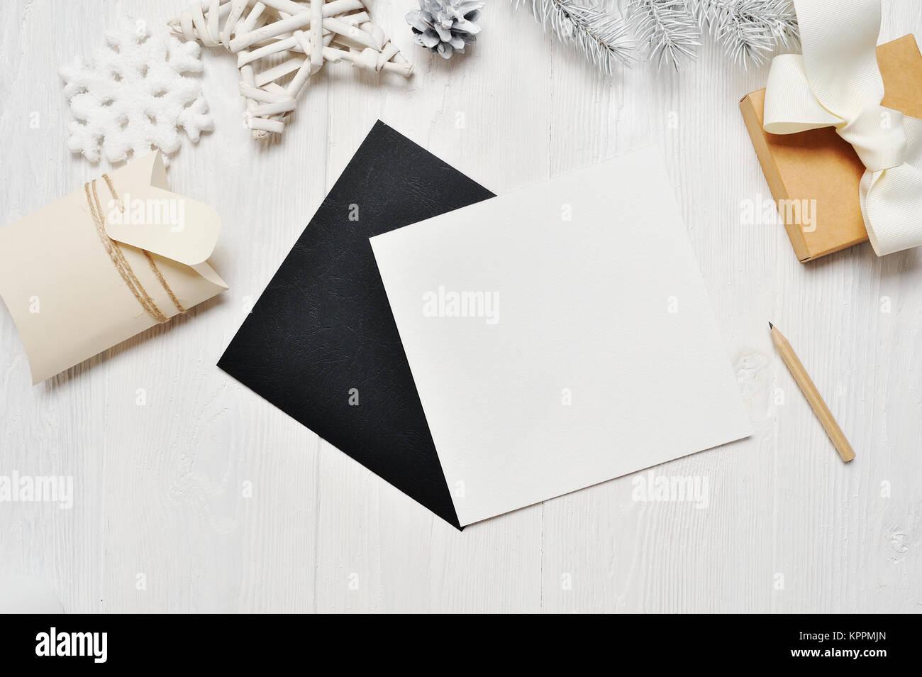 Mockup Weihnachten Schwarz Grußkarte Brief Im Umschlag Und Geschenk