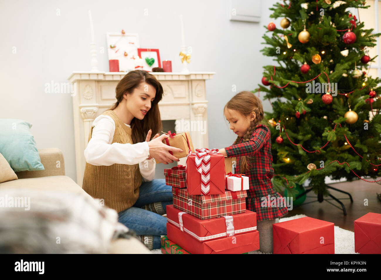 boxing day zu hause feiern stockfoto bild 169023449 alamy. Black Bedroom Furniture Sets. Home Design Ideas