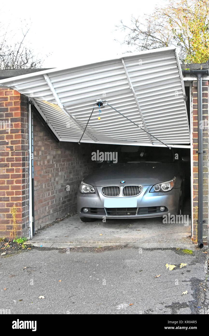 parking garage car door stockfotos parking garage car. Black Bedroom Furniture Sets. Home Design Ideas