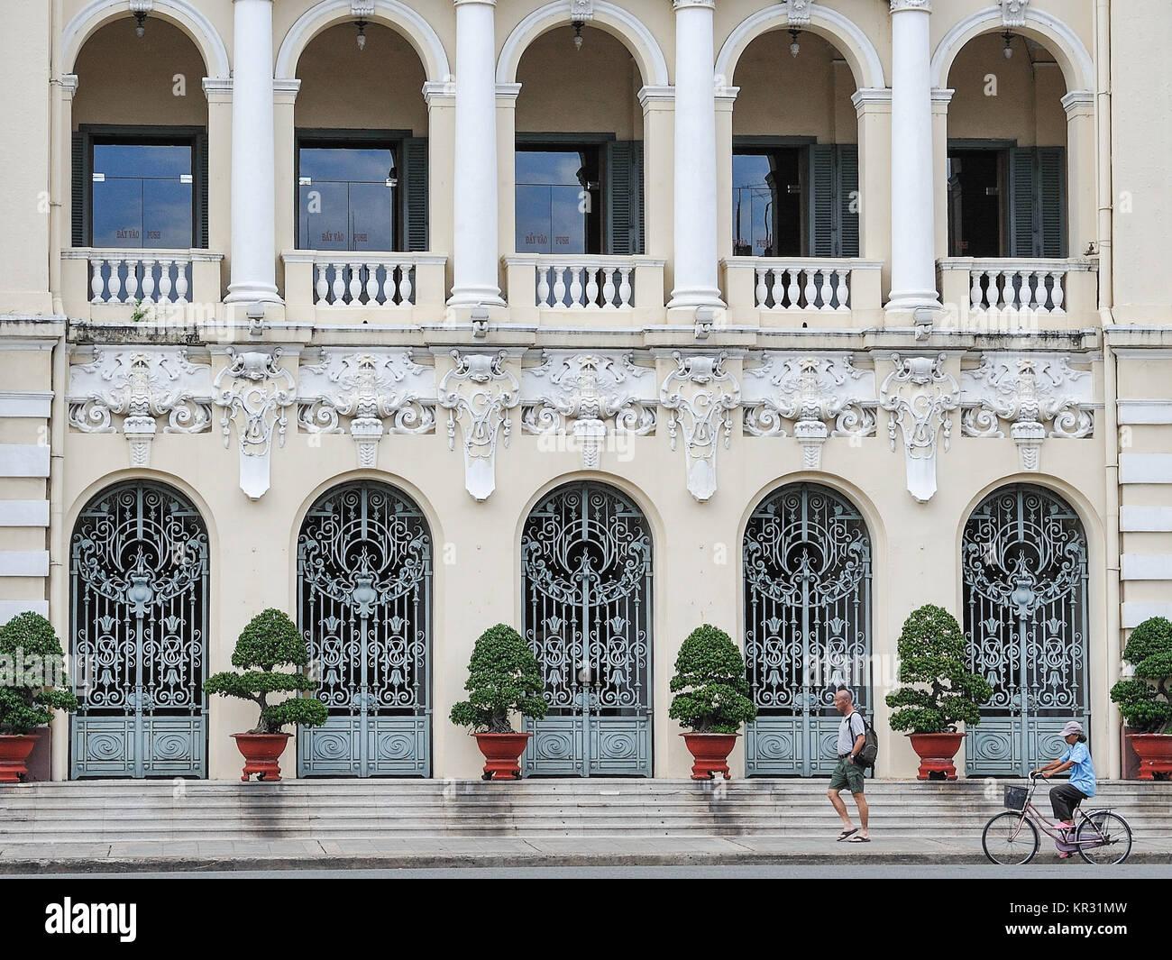 Fassade von Ho Chi Minh City Hall Ho Chi Minh City. Im Französischen Kolonialstil erbaut wurde es als Hotel Stockbild