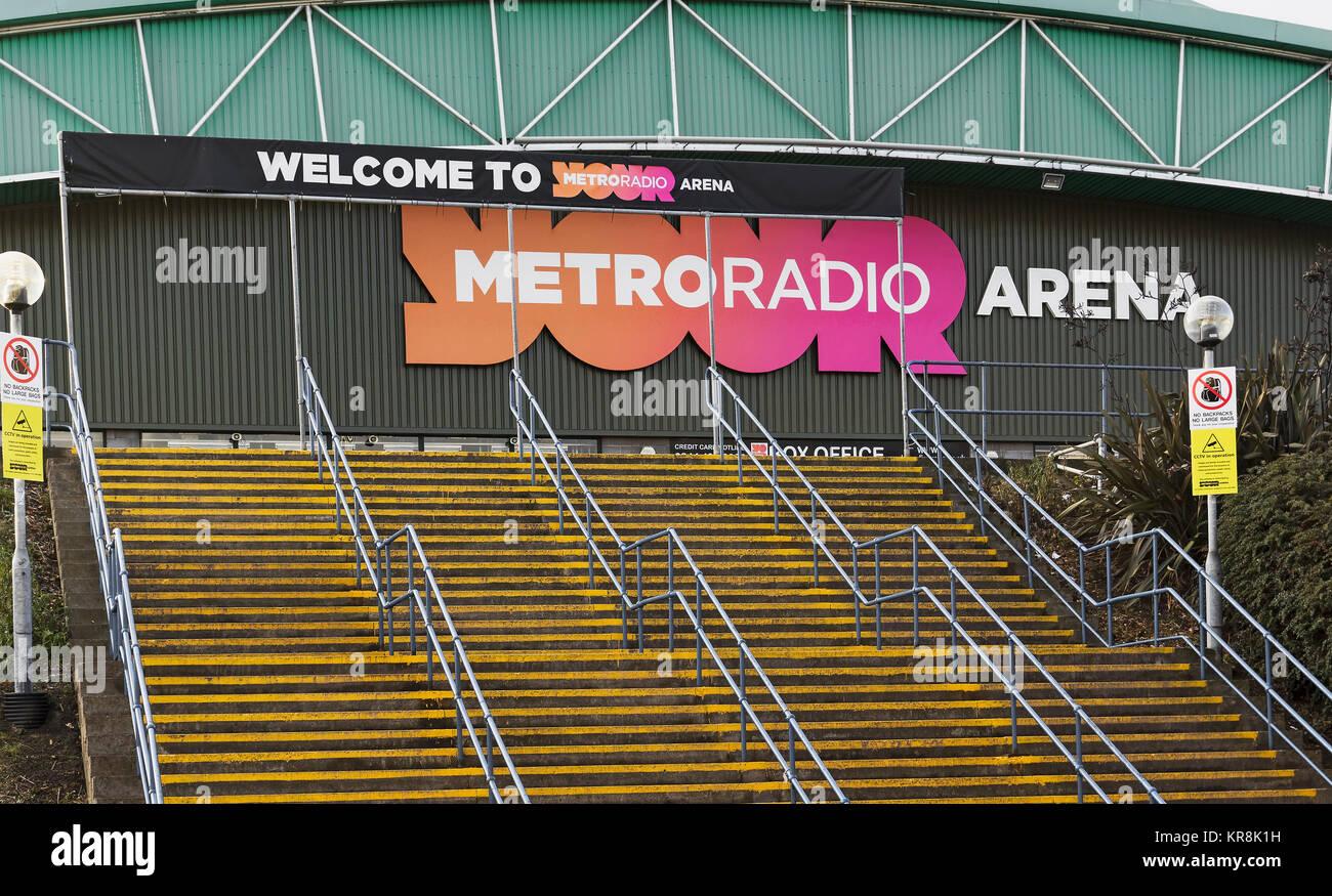 Amerikanischer Kühlschrank Metro : Metro radio stockfotos metro radio bilder alamy