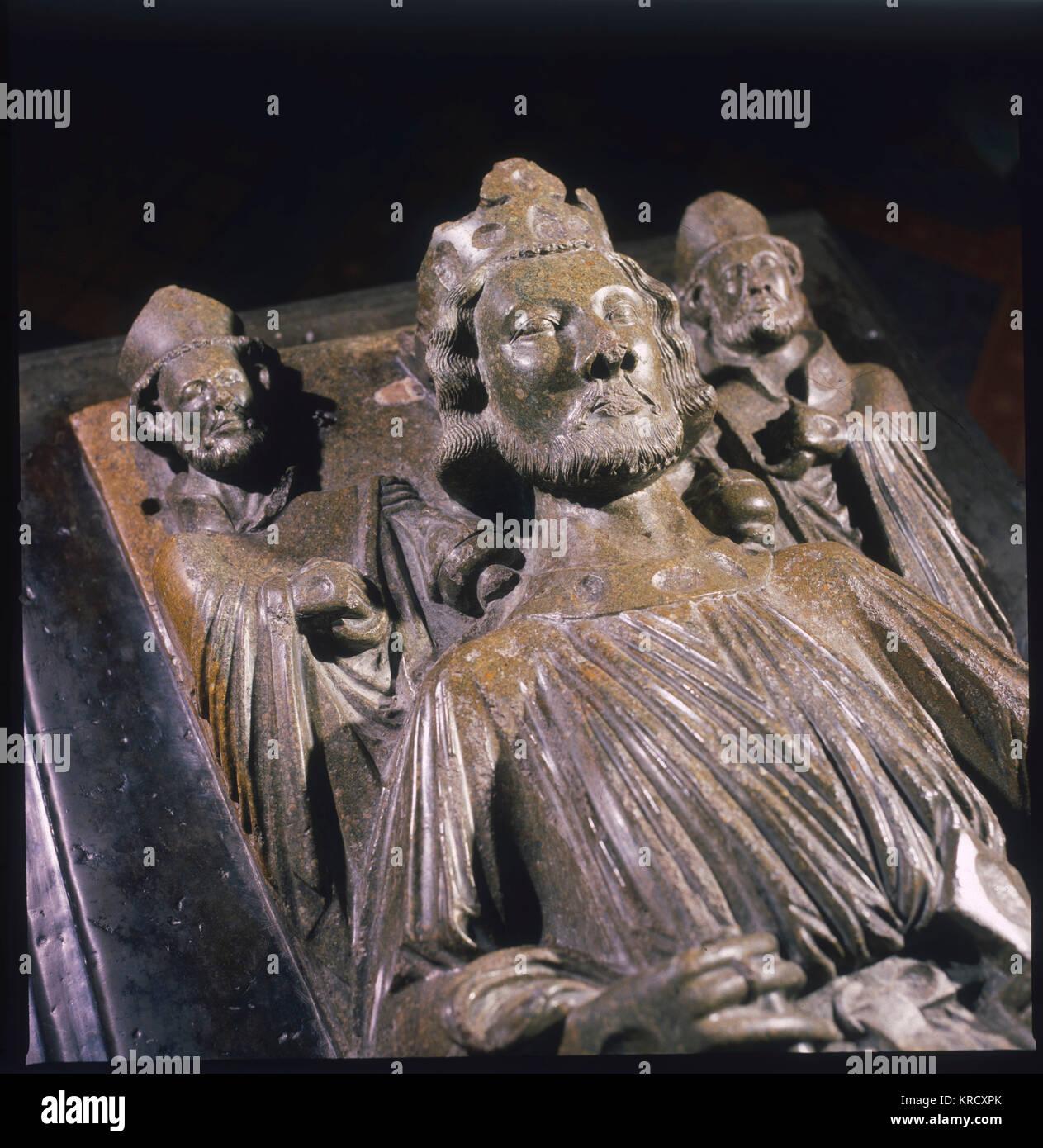 Das Bildnis von König John (1167 - 1216) auf seinem Grab in der Kathedrale von Worcester, Worcestershire, England. Stockbild
