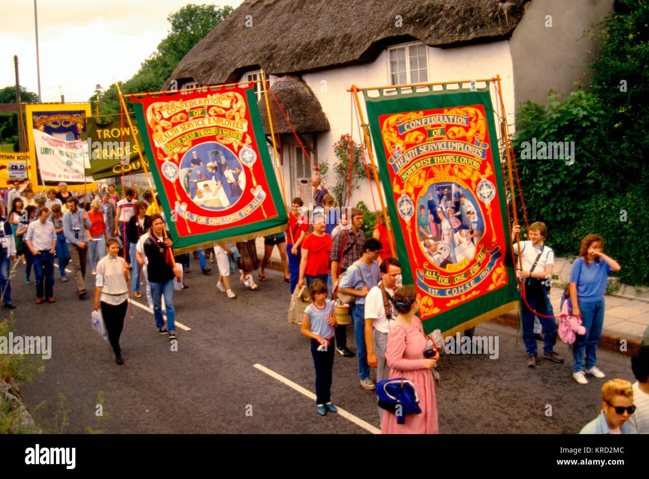 Menschen an der Tolpuddle Rallye Festival, Dorset, eine jährliche Veranstaltung zum Gedenken an den Tolpuddle Stockbild