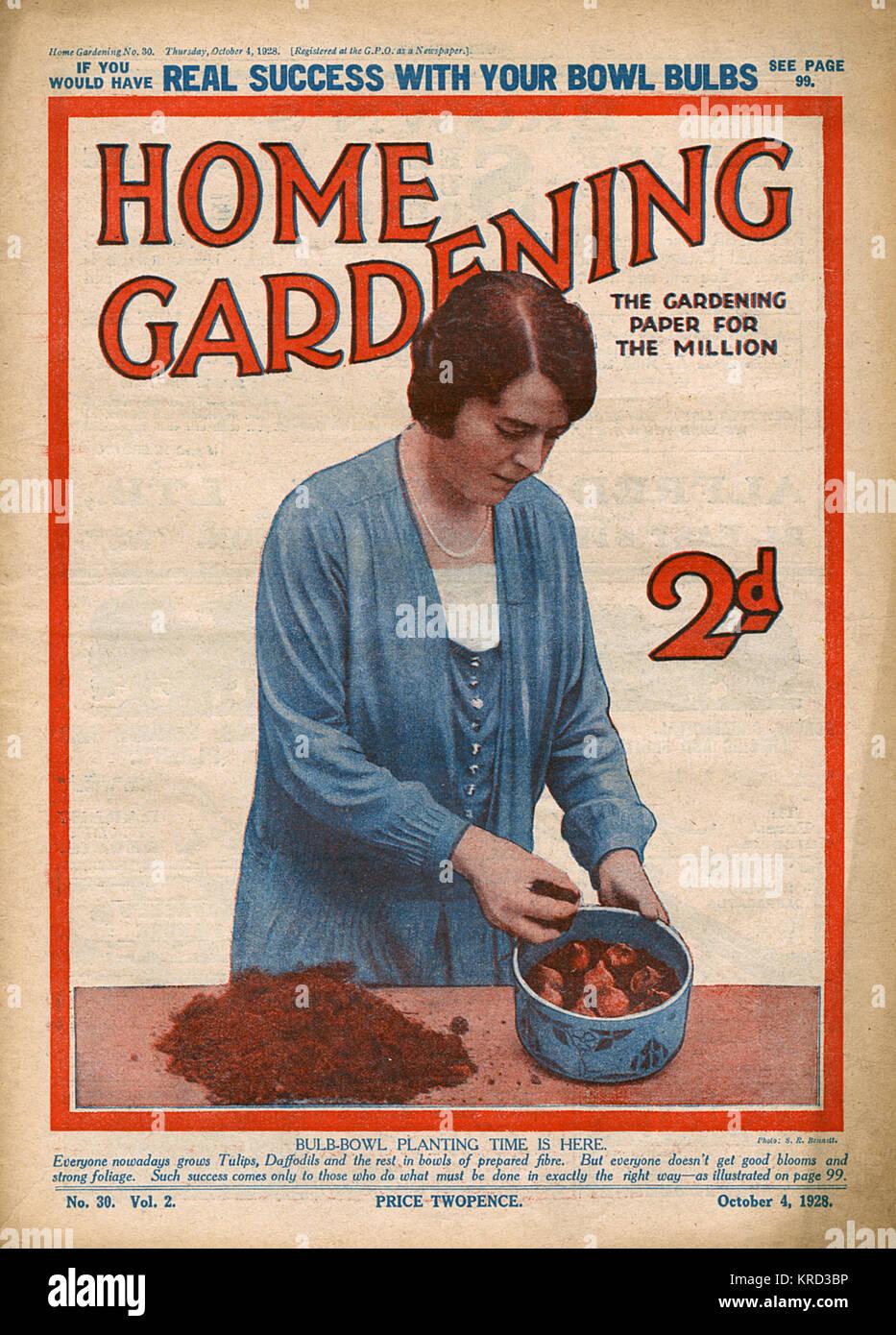 Vintage Magazine Woman Stockfotos & Vintage Magazine Woman Bilder ...
