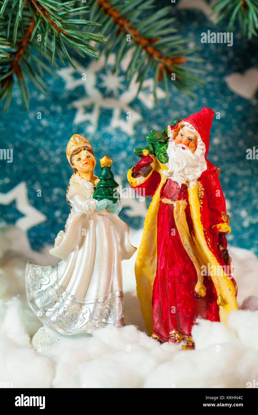 Geschenke Russland Weihnachten.Weihnachtskarte Hintergrund Santa Claus Und Snow Maiden Russische