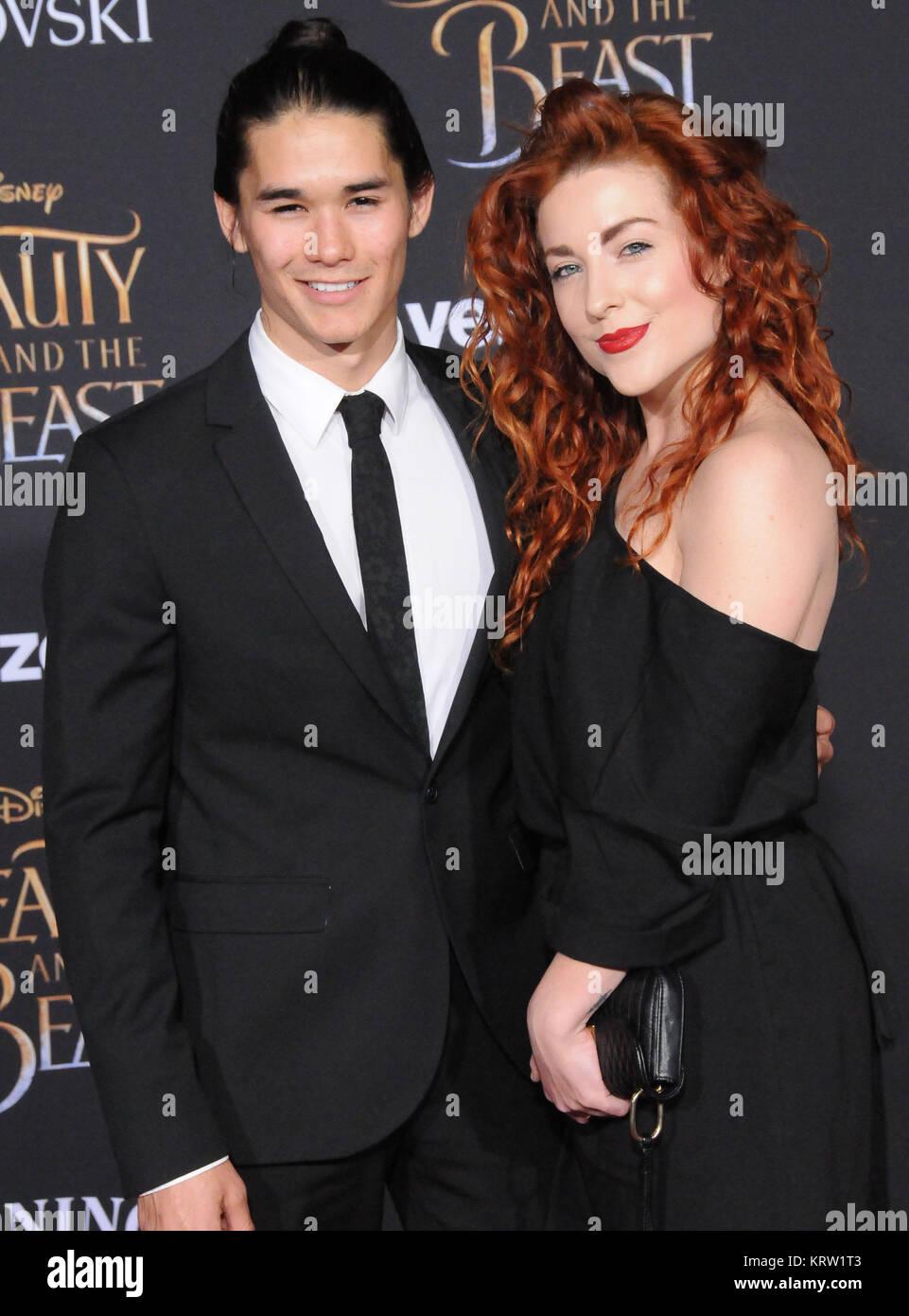Hollywood Ca 2 März L R Schauspieler Booboo Stewart Und Megan