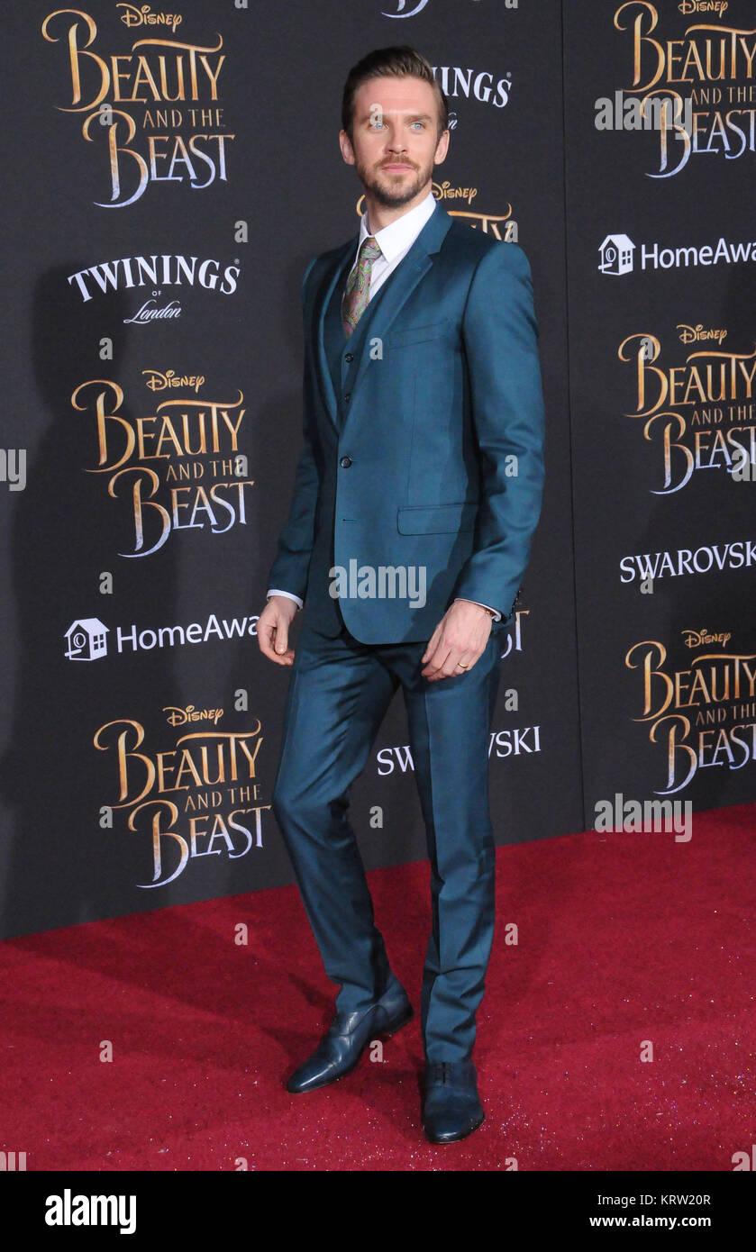 Hollywood Ca 2 März Schauspieler Dan Stevens Besucht Disneys