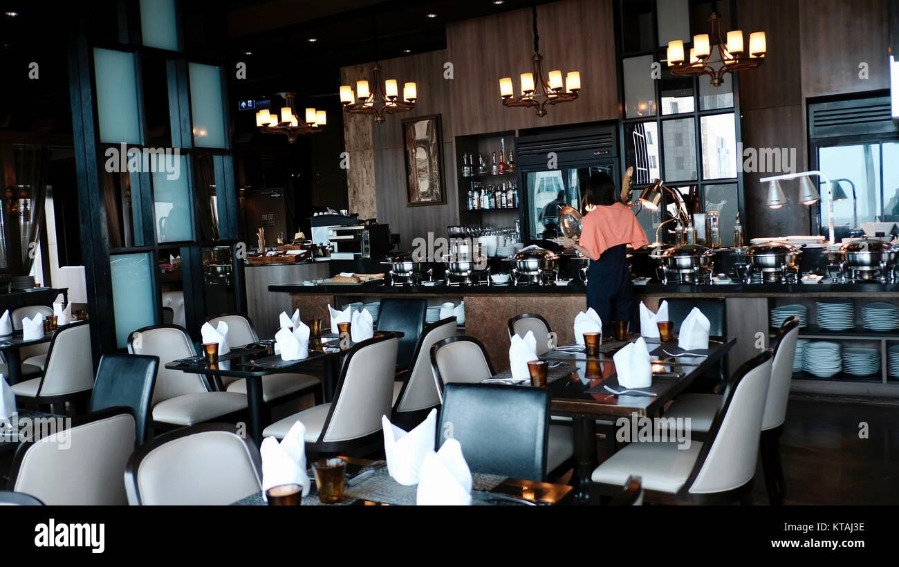 Der Kontinent Hotel Medinii italienisches Buffet Restaurant atemberaubend schönen Awe-Inspiring hellen und Stockbild