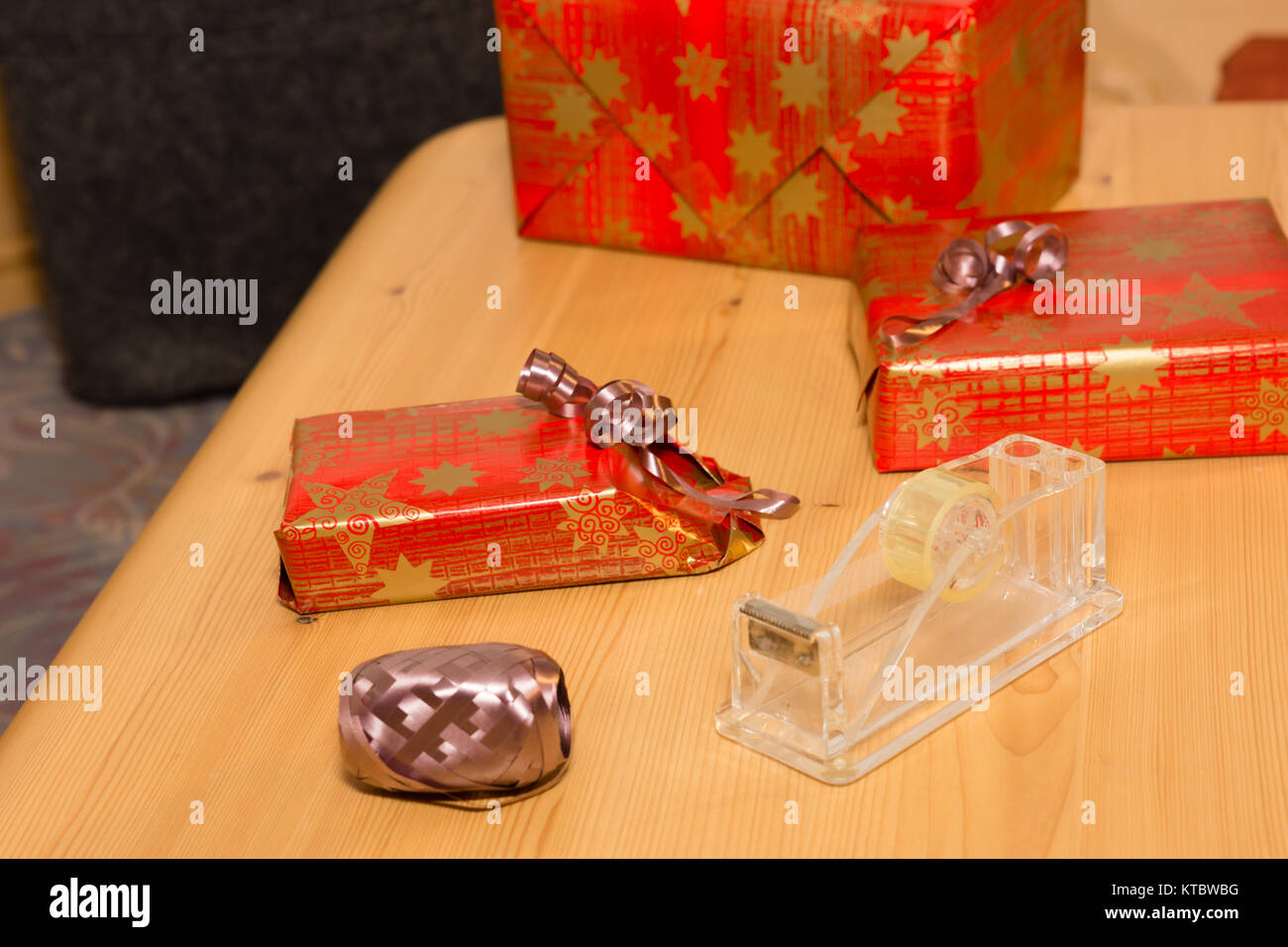 Gag Geschenke Stockfotos & Gag Geschenke Bilder - Alamy