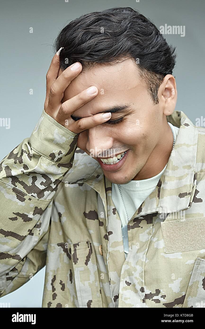 Beschämt Armee männlichen Soldaten Stockbild