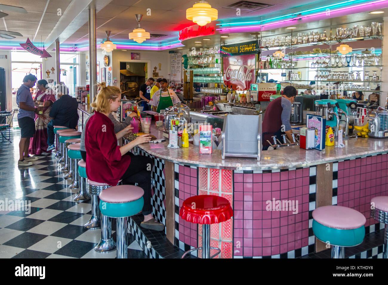 50er Jahre Diner in der Viktorianischen Hafenstadt & Arts Community von Port Townsend auf der Olympic Halbinsel Stockbild