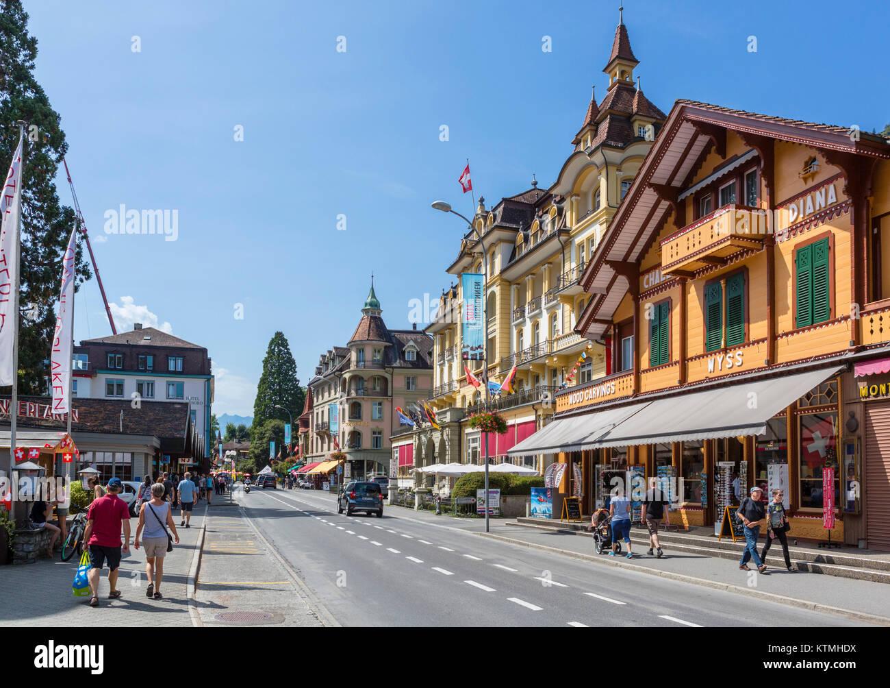 Höheweg, die Hauptstraße in Interlaken, Schweiz Stockbild