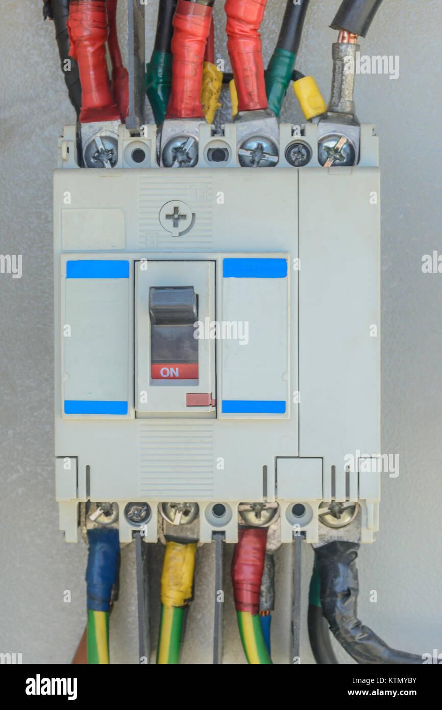 Erfreut Elektrischer Leistungsschalter Ideen - Elektrische ...