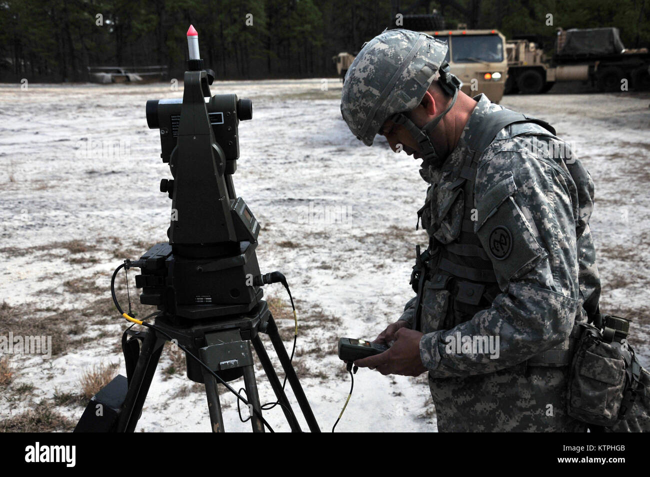 Laser Entfernungsmesser Nikon Aculon Al11 : Laser entfernungsmesser gewehr: 10x25 bereich