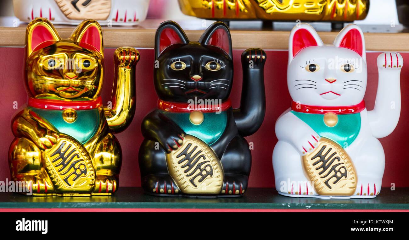 Drei chinesische glückliche Katzen, begrüßen auch Katzen, Katzen ...