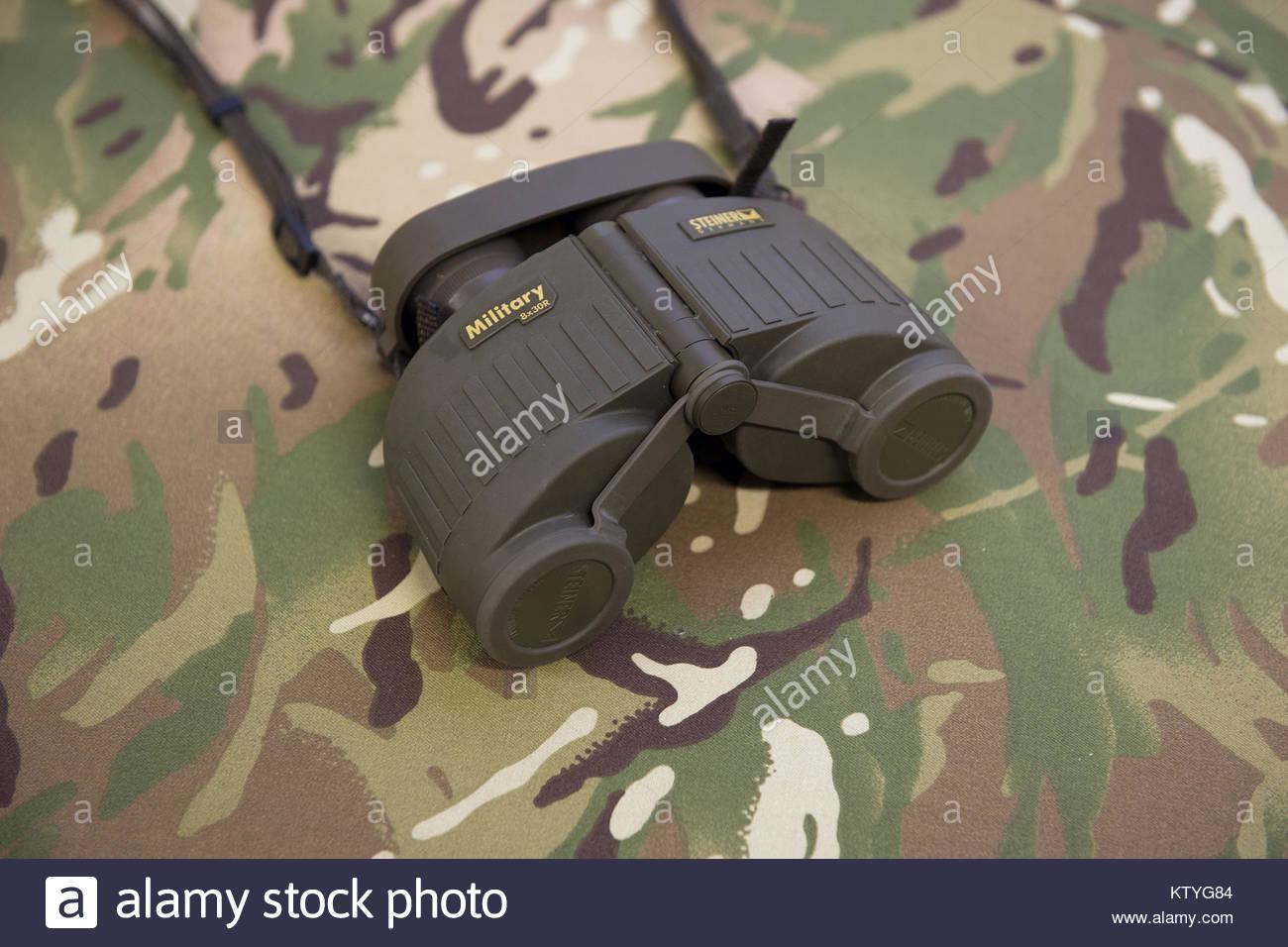 Die neuen militärischen steiner fernglas 8 x 30 r die die avimo