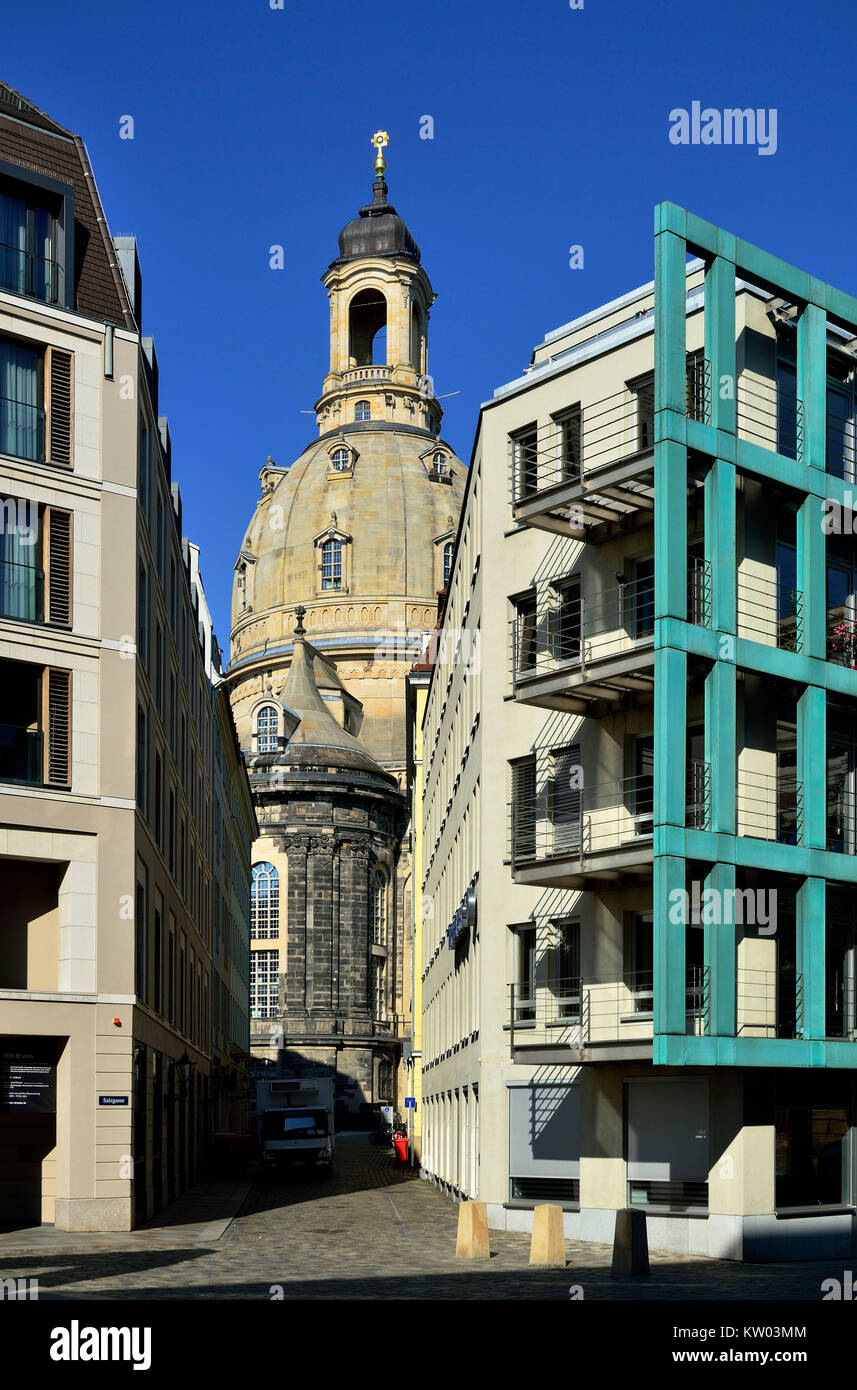 Dresden, rekonstruierte Kirche Unserer Lieben Frau und neue Gebäude im Neuen Markt, Rekonstruierte Frauenkirche Stockbild