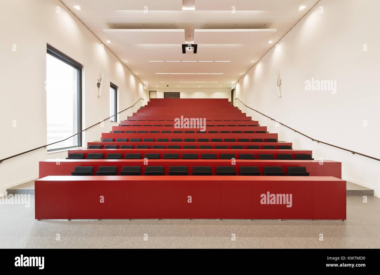 Hoschschule Hochschule Hamm-Lippstadt, Hörsaal, Bibliothek Stockbild