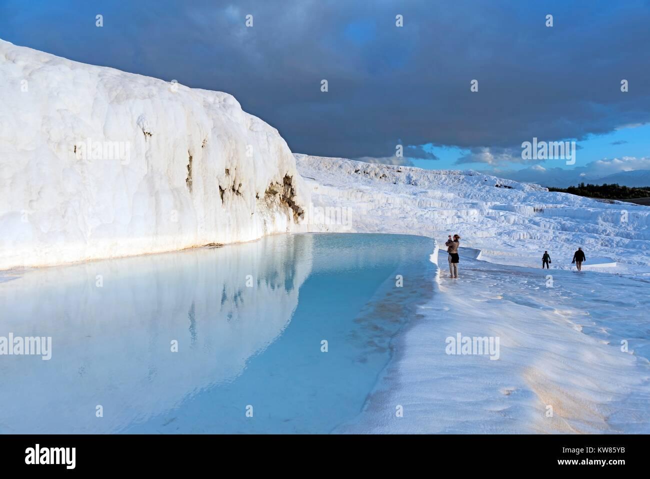 Januar 24, 2015 PAMUKKALE Pamukkale und ist ein natürlicher Ort in der Provinz Denizli im Südwesten der Stockbild